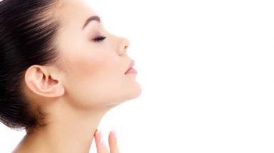 akne-na-vratu