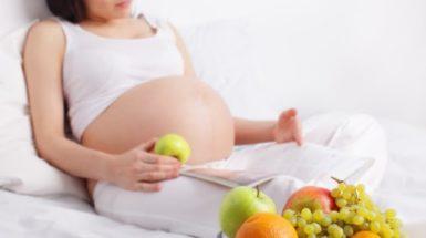 voće i trudnica